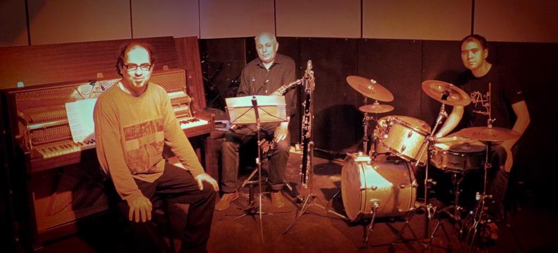 Trio Gabriel Vallejo